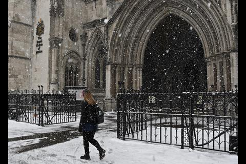 snow Royal Courts of Justice 3